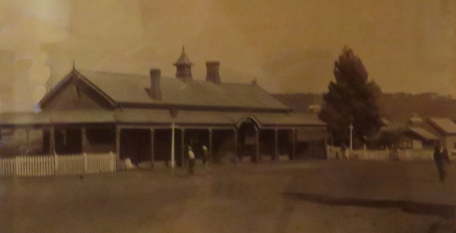 Greytown railway station past