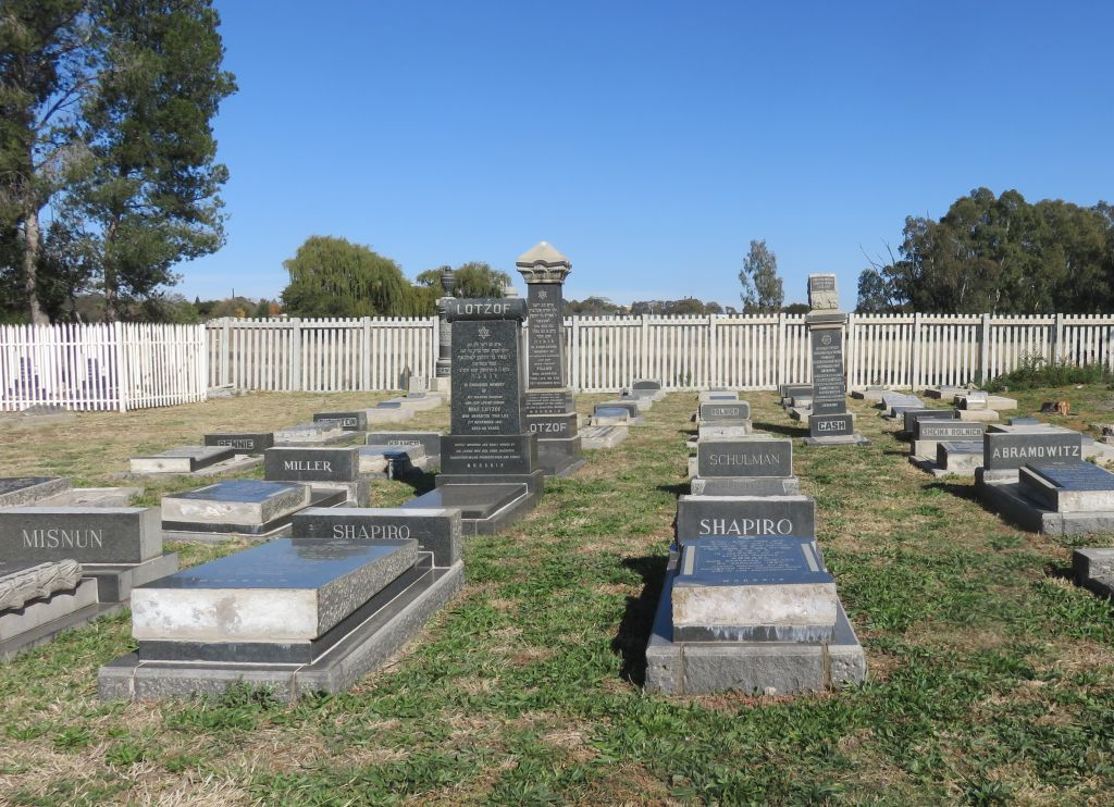 Heilbron cemetery jewish section