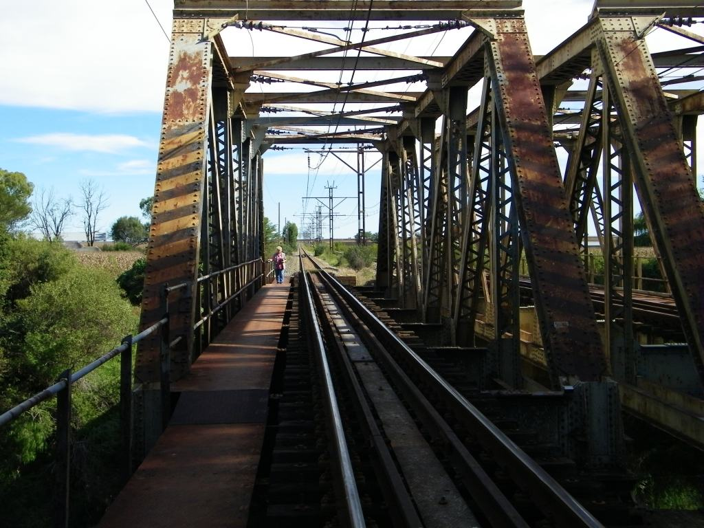 Koppies rail bridge renosterspruit
