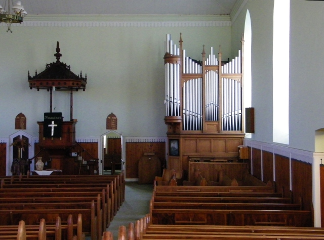 Rouxville NG church inside
